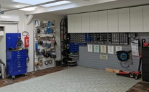 https://www.schneller-hoeren.de/uploads/images/Themen/thema_einbauwerkstatt.jpg